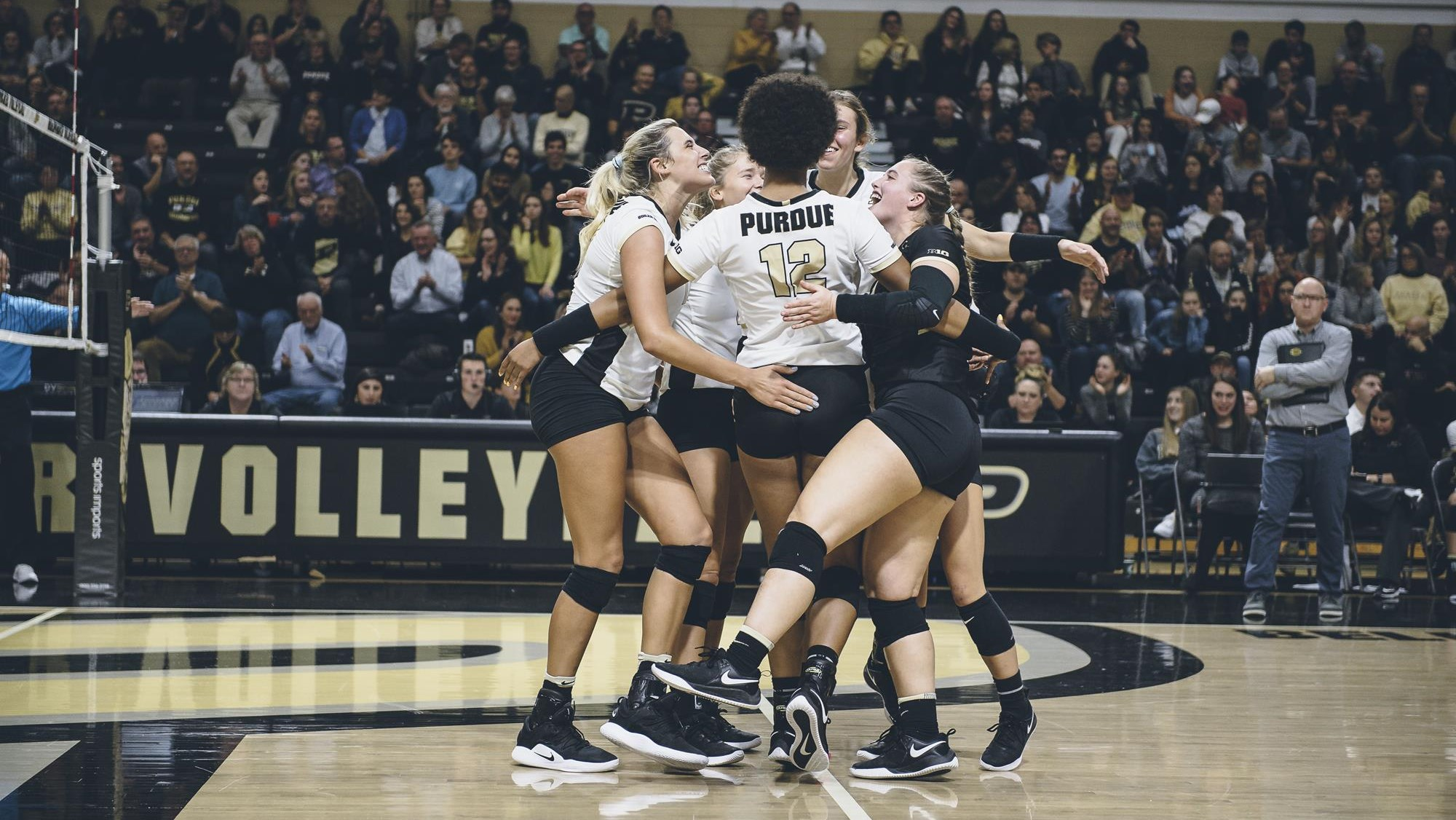 Purdue Volleyball Prepped For Ncaa Regionals In Waco Purdue University Athletics